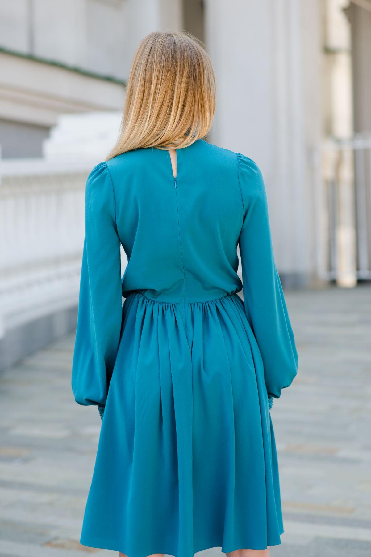 Платье коктейльное с длинными рукавами из шелка Roman Rush ... 77147a8696f