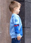 Плечи и спинка толстовки «Пилот» украшены звездами