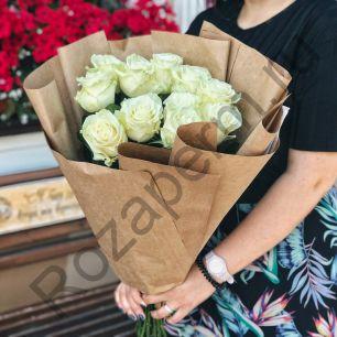 11 роз Эквадор в крафт бумаге