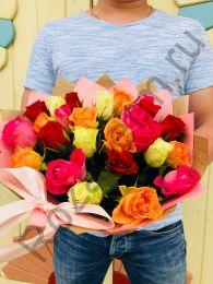 21 роза кения в крафт бумаге