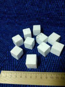 Кубики пенопластовые 2 см / 50шт.