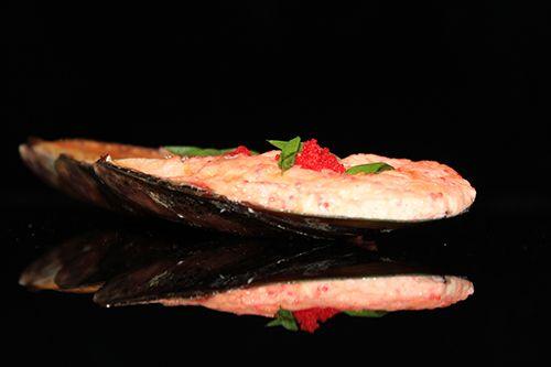 Мидии запеченный под сырным соусом (1шт)