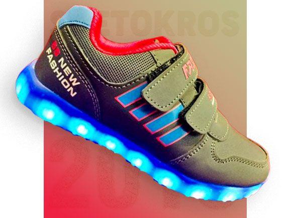 Светящиеся кроссовки 14