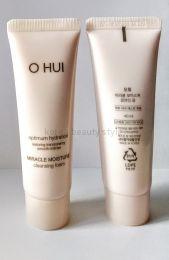 O HUI MIRACLE MOISTURE CLEANSING FOAM -гипоаллергенная очищающая пенка для умывания  с оптимальным увлажнением от бренда O HUI (40 мл).