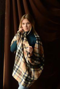 Теплая шаль  100 % стопроцентная шотландская овечья шерсть, тартан клана Томсон (кэмэл) THOMSON CAMEL MODERN TARTAN, плотность 6
