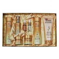 DEOPROCE Whee Hyang Anti-Wrinkle & Whitening Skin Care 8 Set - Набор из 8 антивозрастных средств с корнем женьшеня