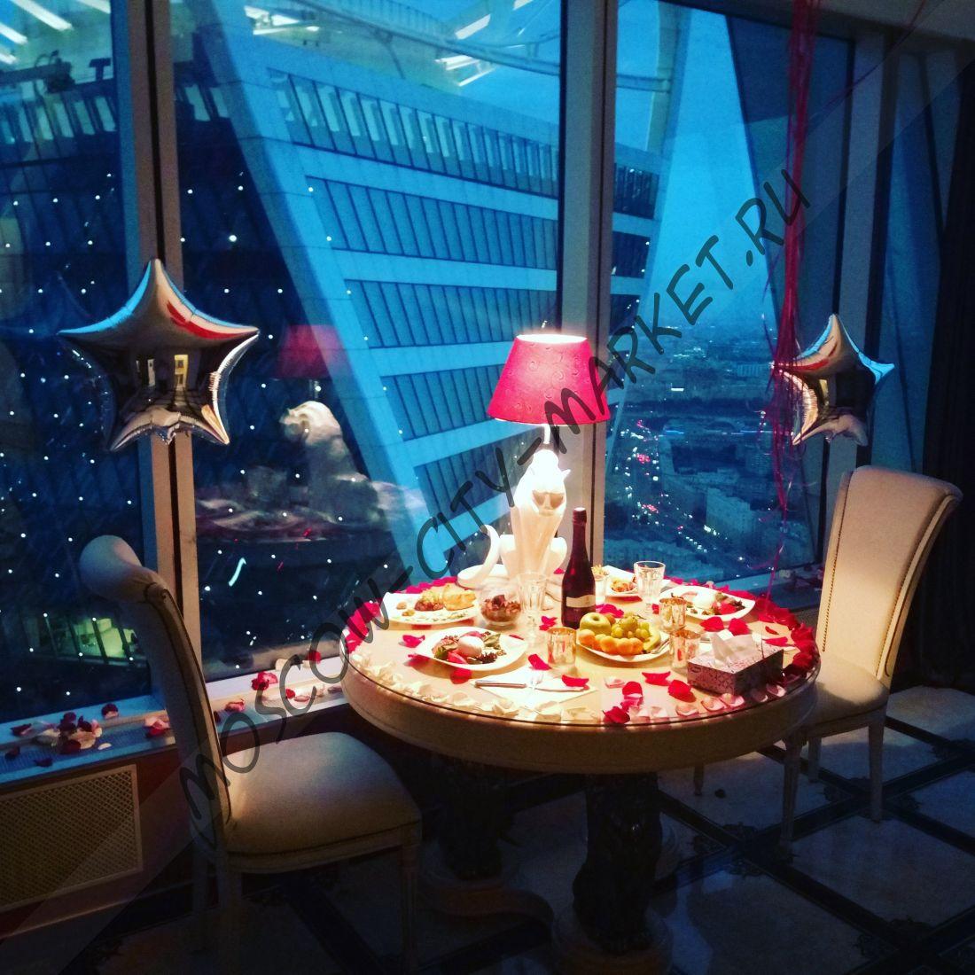 Подъем в небоскреб+прогулка на теплоходе Соларис с ужином