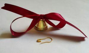 Колокольчик золотой с Бордовой лентой и булавкой