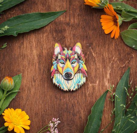 Брошь Цветной волк
