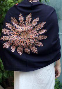 Двухсторонний палантин с уникальной ручной вышивкой, разные цвета (под заказ)