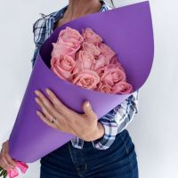 15 розовых роз (60 см)