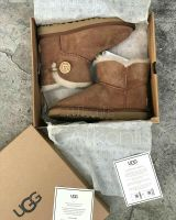 UGG Mini Bailey Button Chestnut ll