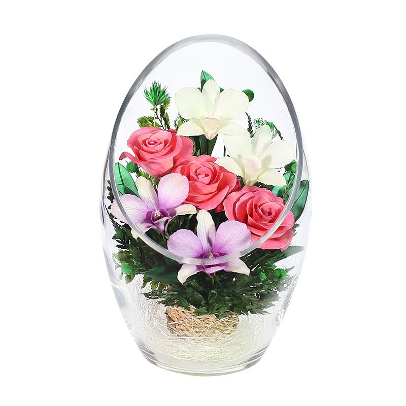 Композиция из натуральных роз и орхидей