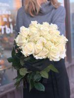 Букет из белых роз (РОССИЯ) 50см