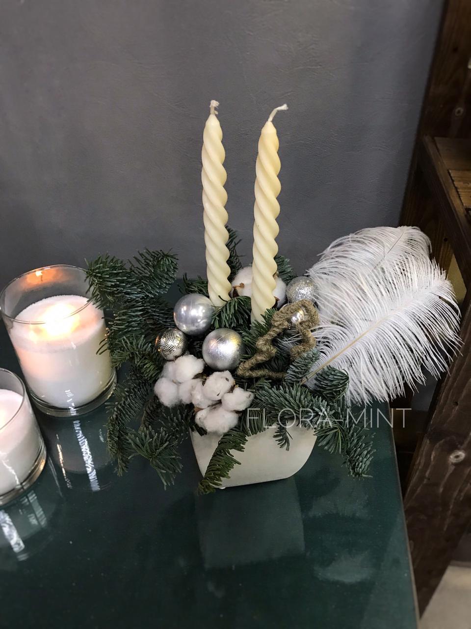 Композиция со свечами в керамическом кашпо