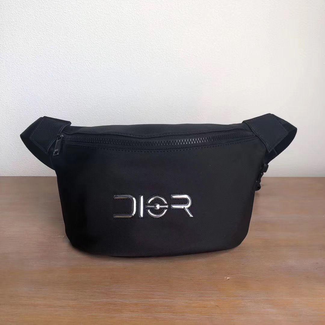 Поясная сумка Dior Logo