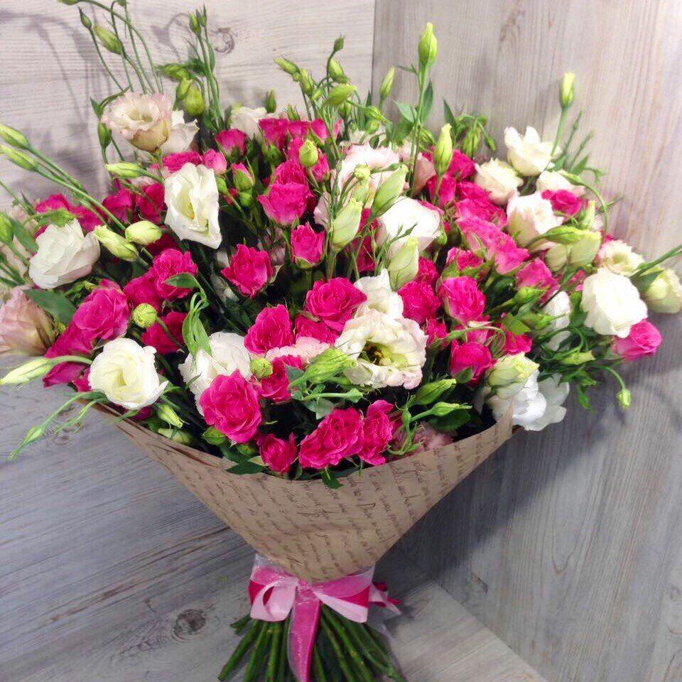 Букет из кустовых роз «Незабываемое впечатление»