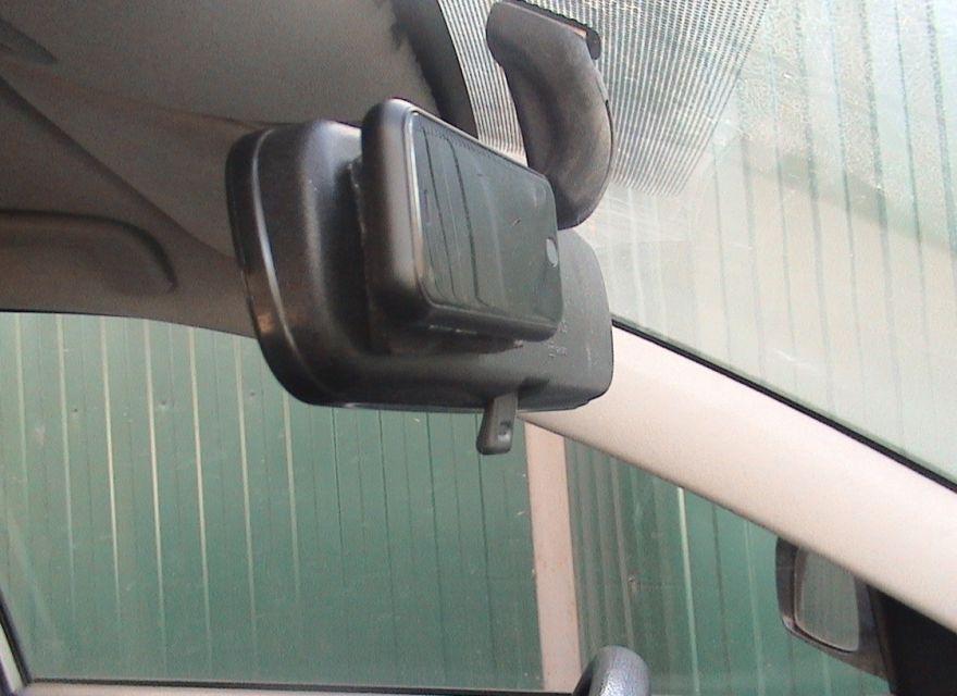 Наблюдение за салоном авто в реальном времени