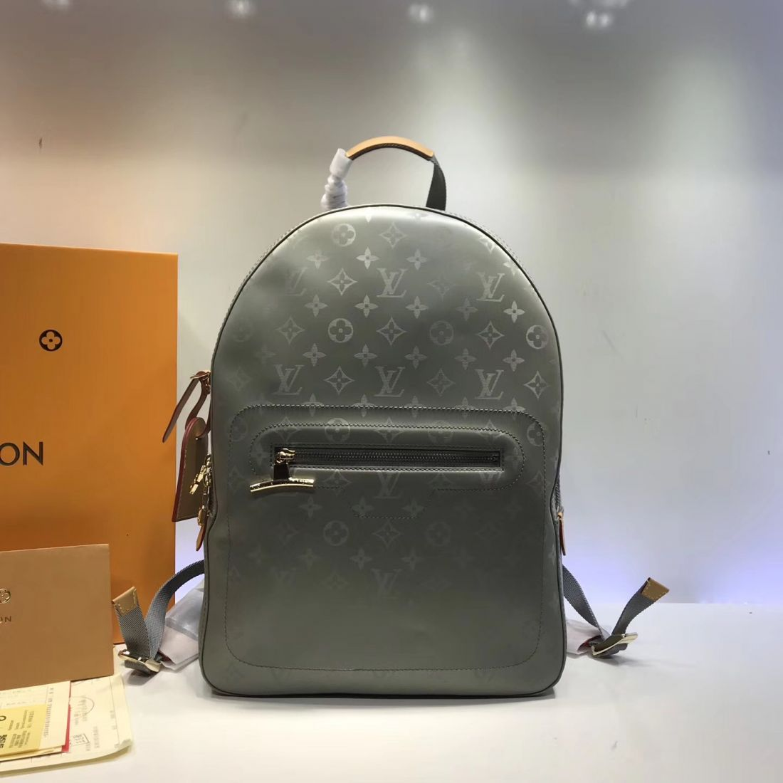 Рюкзак Louis Vuitton Monogram Titanium