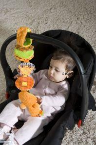 Игрушка на коляску или автокресло Акордеон babymoov learning accordion a105902
