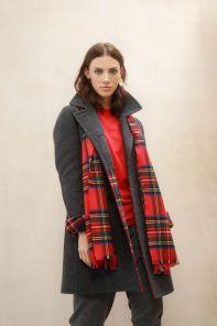 стильный шарф 100% шерсть мериноса,  расцветка королевский клан Стюартов Royal Stewart MERINO Tartan , средняя плотность 4