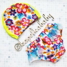 Цветочки с юбочкой трусики - подгузники для плавания от рождения до 3х лет