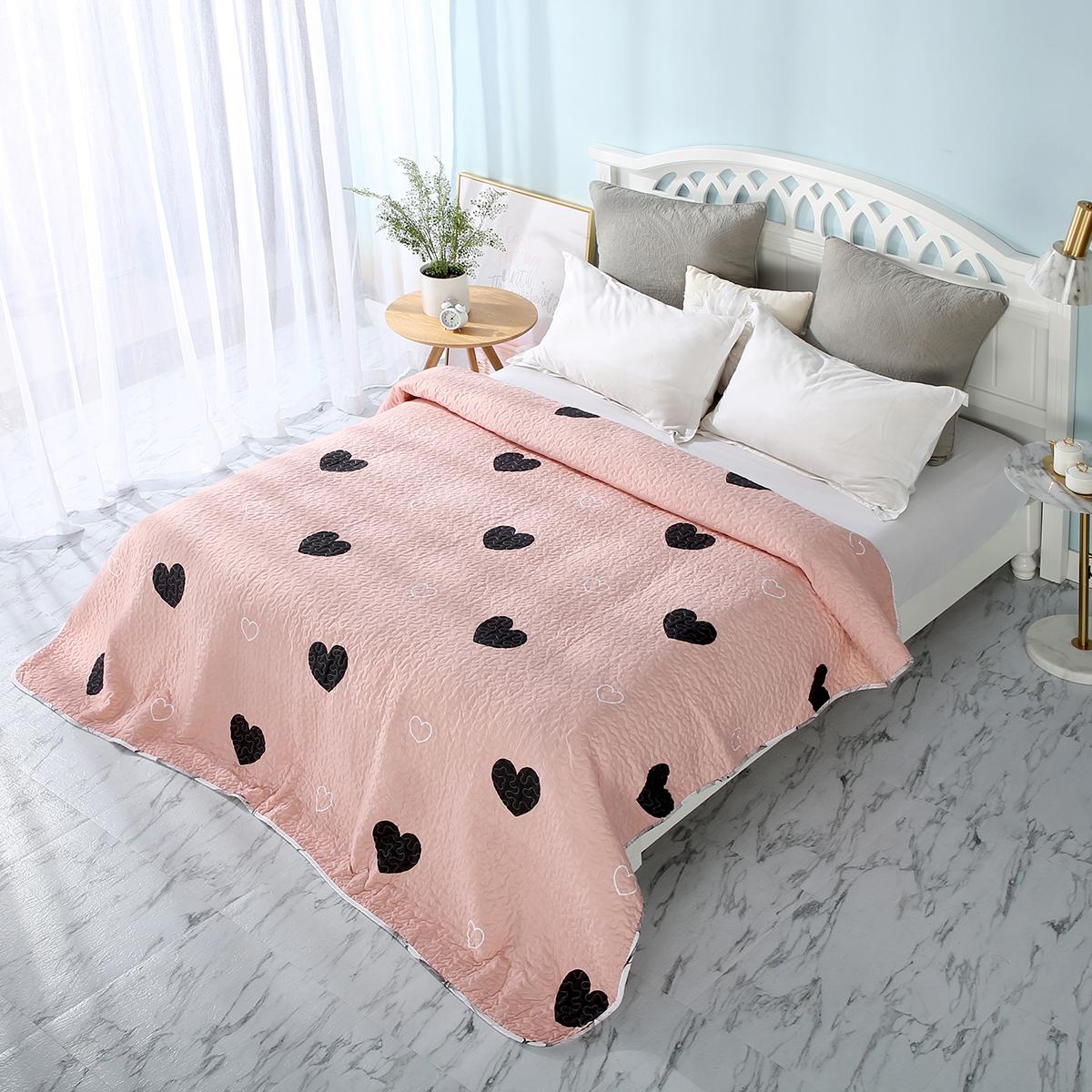 Розовое покрывало с сердечками (1,5 спальное)