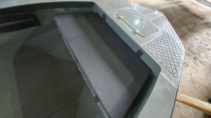 Мягкая накладка на носовой рундук