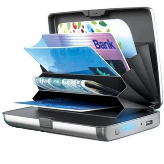 iizw Зарядное устройство и одновременно кошелек (2 в 1) Sonic IQ E-Charge Wallet (СОНИК ИК Е-ЧАРЖЕ ВАЛЛЕТ) 10000 мАч, (серое) Новое, Гарантия, Доставка