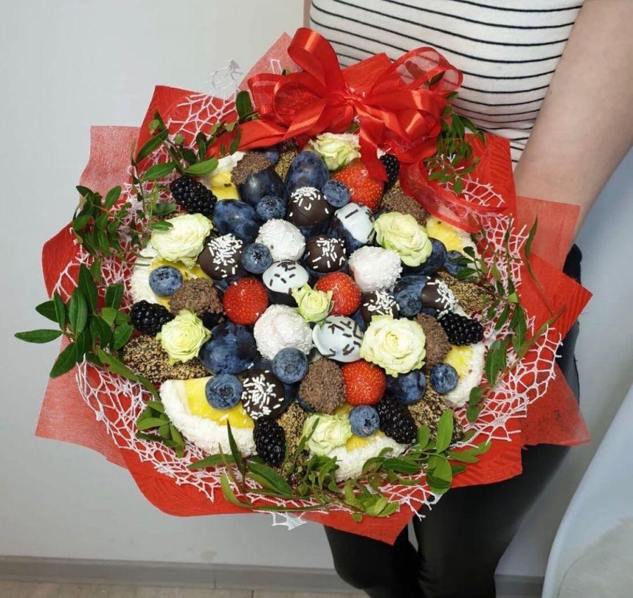 Букет из фруктов в шоколаде № 10