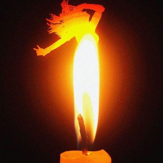 iizw Набор из двенадцати витых свечек в подарочной упаковке SpiralCandles (все желтого цвета, высота 20 см) Новый, Гарантия, Доставка