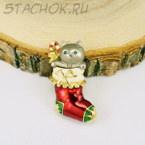 """Брошь """"Котик в чулке на Новый год"""" (Danecraft США)"""