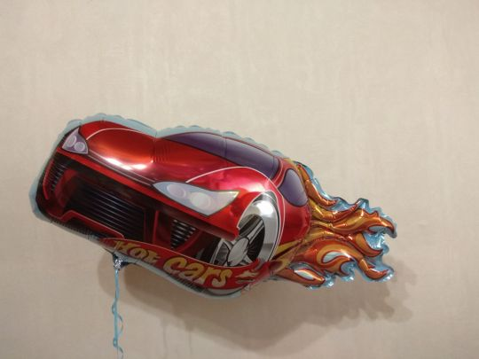 Машина гоночная фольгированный шар с гелием