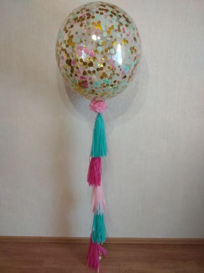 Полуметровый шар с конфетти и 5 кисточками