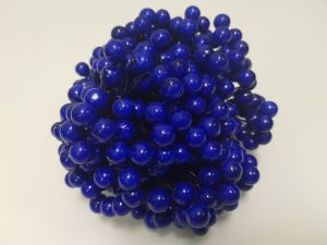 `Ягоды 10 мм (длина 16см), цвет - синий. 1 веточка=2 ягодки