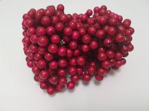 `Ягоды 10 мм (длина 16см), цвет - темно-розовый. 1 уп = 40 ягодок ( 20 веточек)