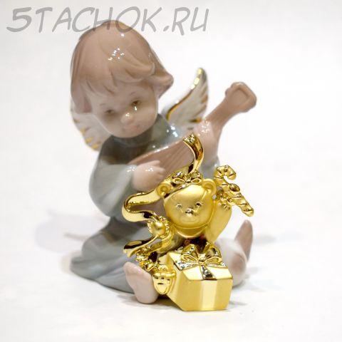 """Брошь """"Мишка-девочка с рождественскими подарками"""" (AJC США)"""