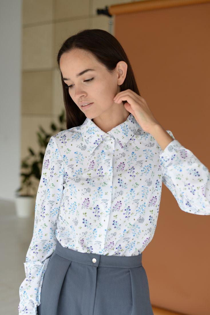 m1329 Блуза с весенним принтом