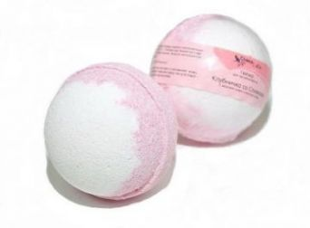 Гейзер (бурлящий шарик) для ванн Клубничка со сливками, 120g