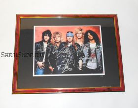 Автографы: Guns N' Roses. Дафф Маккаган, Слэш, Эксл Роуз, Стивен Адлер, Иззи Стрэдлин