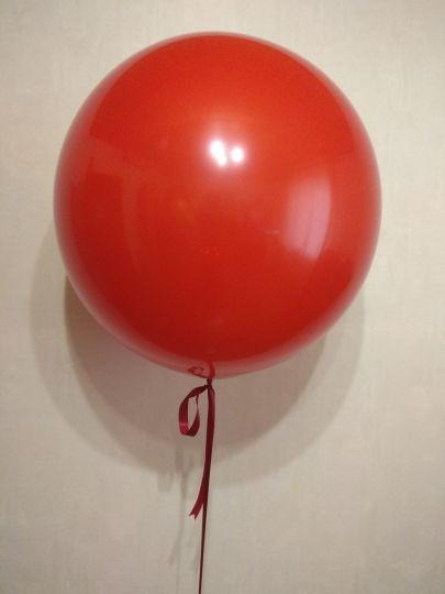 Красный метровый шар латексный с гелием