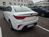 аренда автомобиля kia rio 2017 года белого цвета