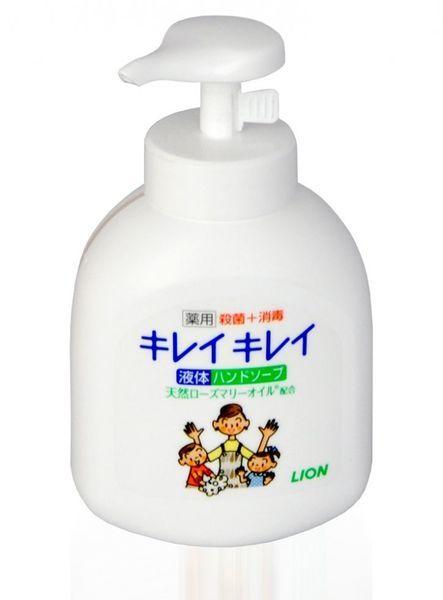 LION Жидкое антибактериальное мыло для рук с маслом розмарина для всей семьи с фруктово-цитрусовым ароматом (помпа) 250мл