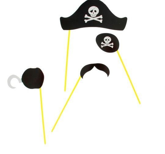Пиратская фотобутафория Капитан