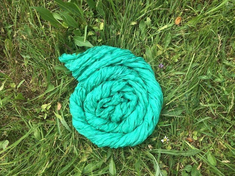 Изумрудный шарф из шёлка (Москва)