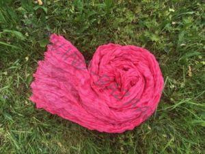 Розовый шарф из шёлка (Москва) x