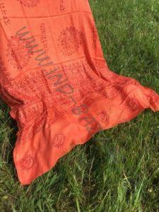 Ярко-оранжевый шарф / парео из хлопка (Москва)