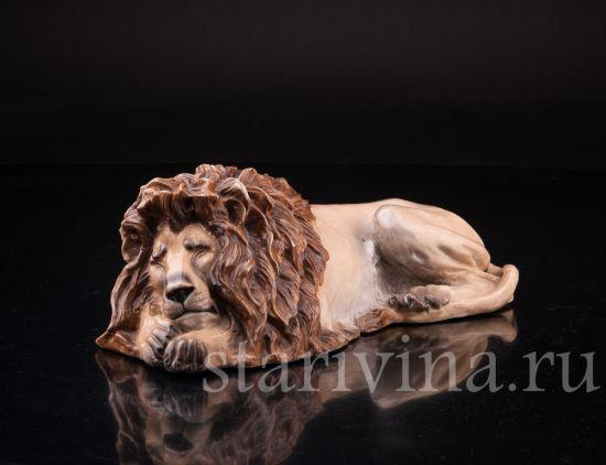 Изображение Отдыхающий лев, Sitzendorf, Германия, кон.19 в