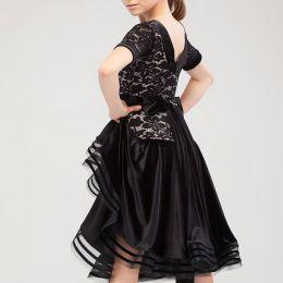 Бархатное платье с гипюром для бальных танцев