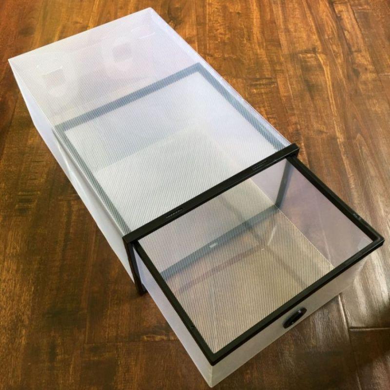 Выдвижной короб из пластика для хранения обуви